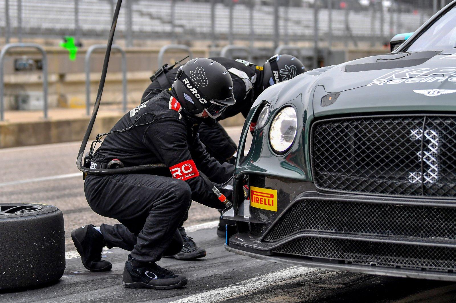 #3 Bentley Continental GT3, Rodrigo Baptista or Maxime Soulet