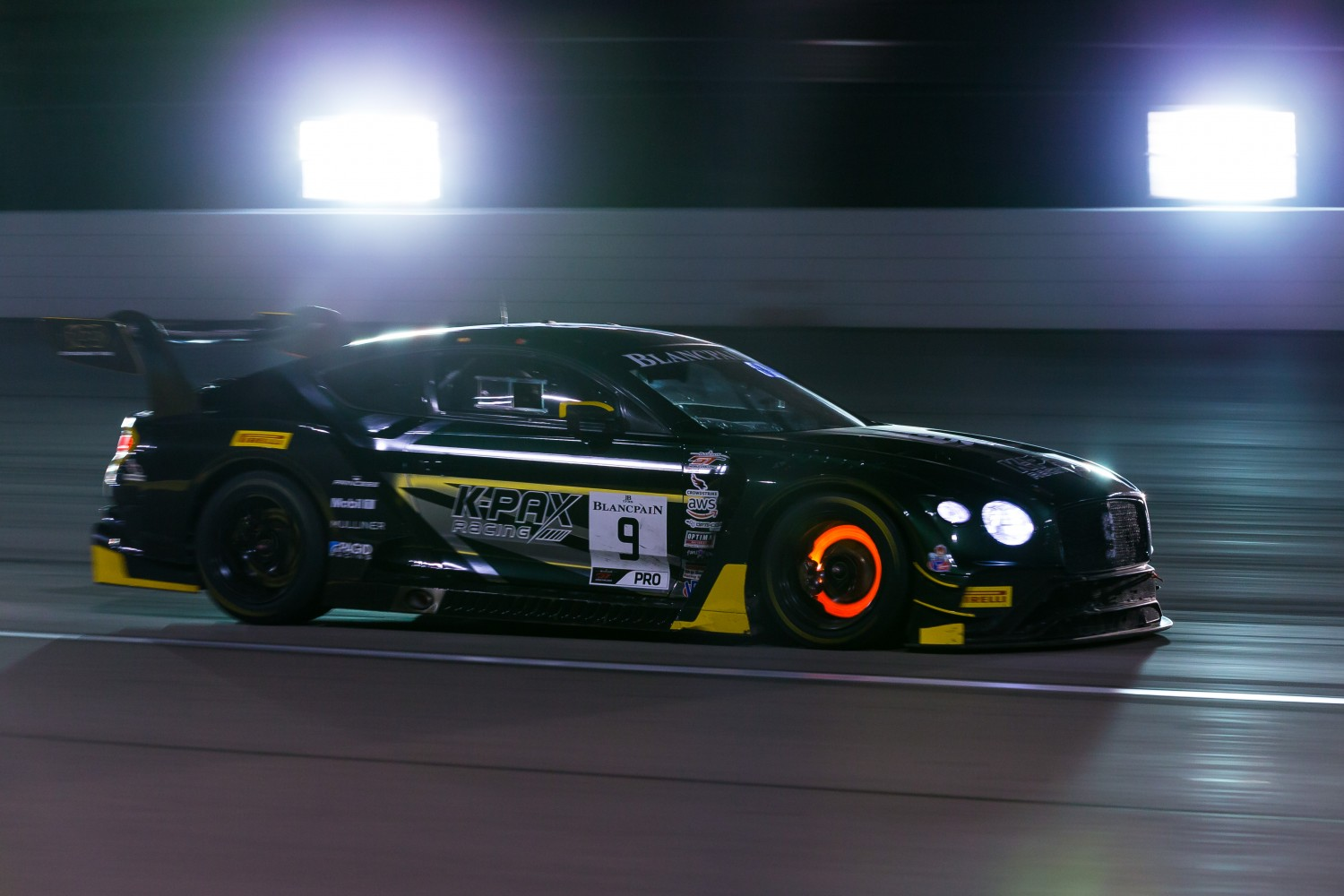#9 Bentley Continental GT3 of Alvaro Parente and Andy Soucek with K-PAX Racing2019 Blancpain GT World Challenge America - Las Vegas, Las Vegas NV | Fabian Lagunas/SRO